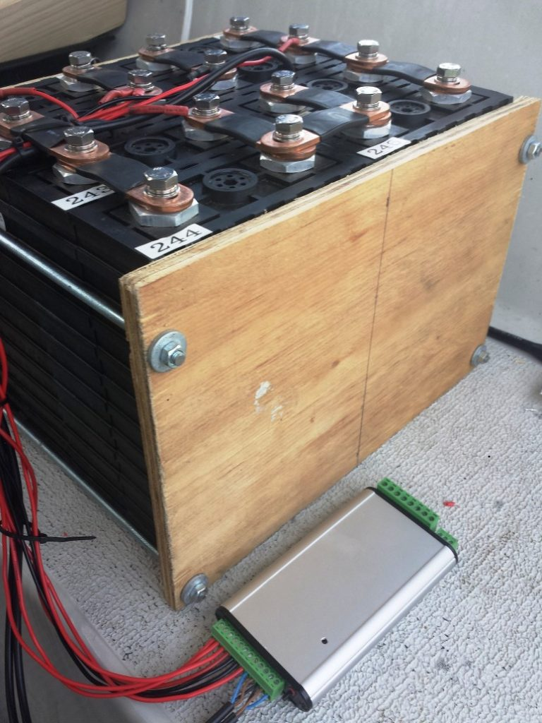200Ah DIY lithium battery back for a yacht connected to a custom battery protection module