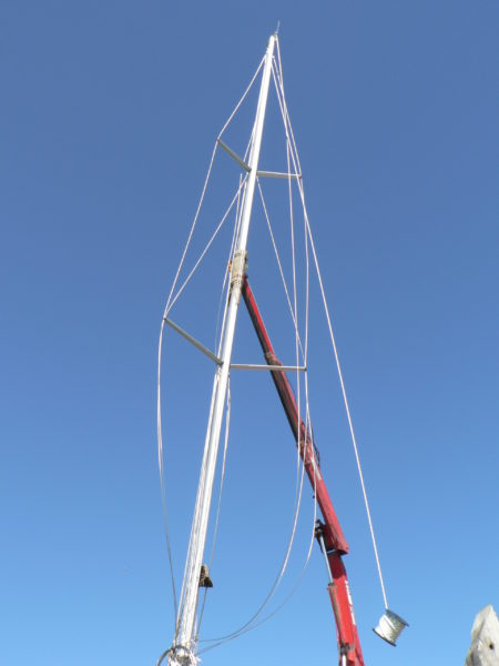 Nordkyn Completion 103 - Mast lift