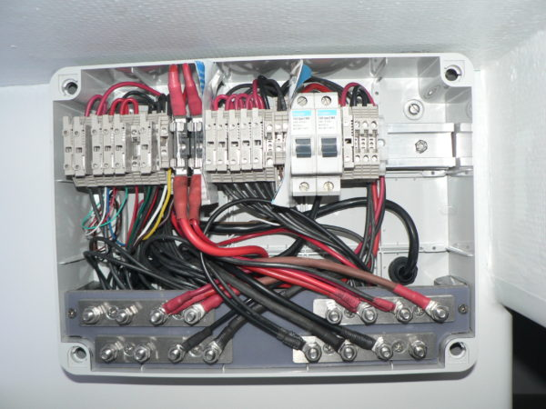 Nordkyn Interior Construction 92B - Desk junction box