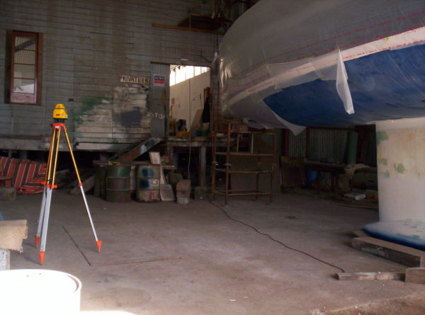 Nordkyn Shell Finishing 62A - Laser level on tripod